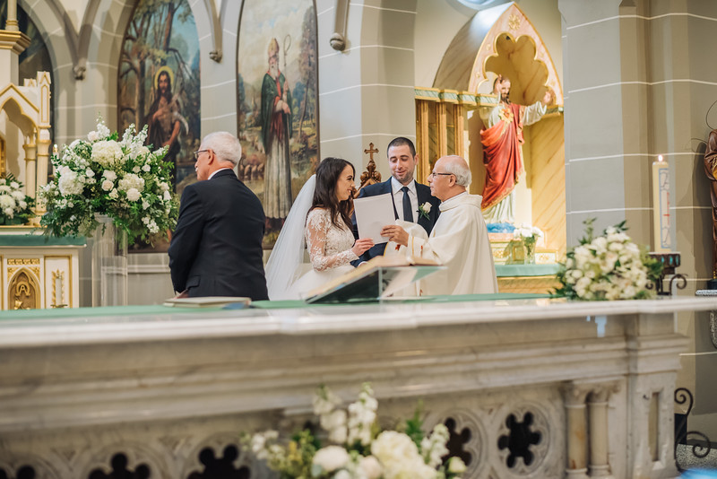 2018-10-20 Megan & Joshua Wedding-535.jpg
