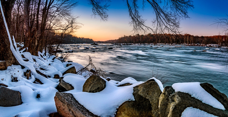 James River in the snow