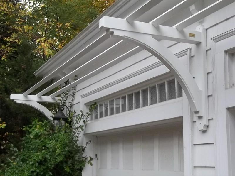 412171 - Winchester MA - Garage Trellis