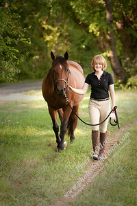 Lizzie Stoermer with her horse senior portraits
