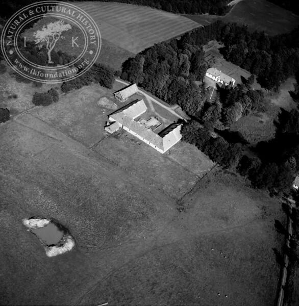 Dragesholm, 2,5km north Stenestad Church | EE.1842