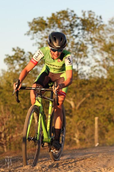 cyclocross_kmc_170929_0189-LR.jpg
