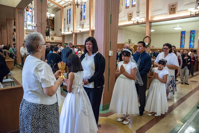 180520 Incarnation Catholic Church 1st Communion-109.jpg