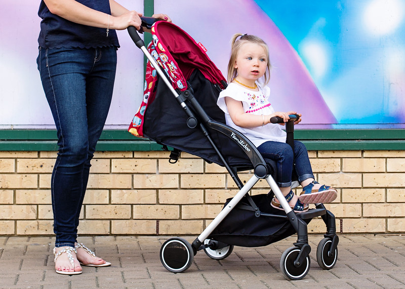 Familidoo_Air_Lifestyle_Pink_Rabbit_Toddler_In_Pushchair.jpg