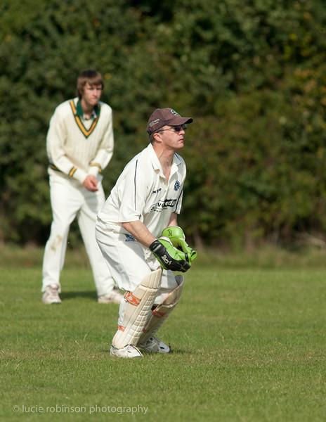 110820 - cricket - 275-2.jpg