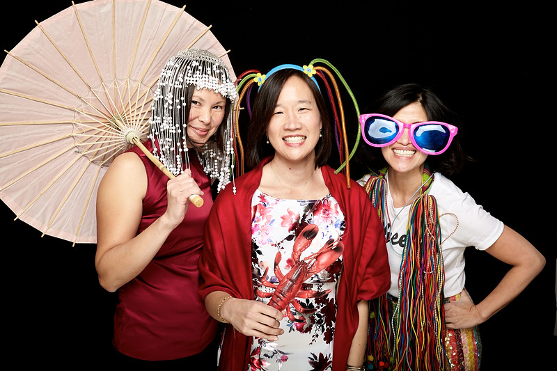 Endocrine Clinic Holiday Photo Booth 2017 - 004.jpg