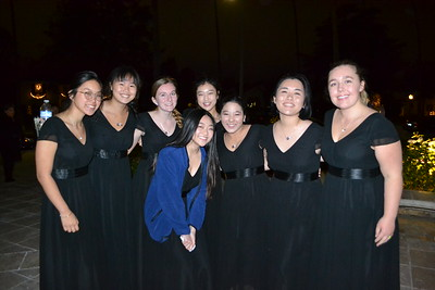 Holiday Concert Unites SMHS Choirs