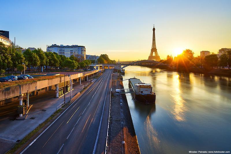 Morning light in Paris