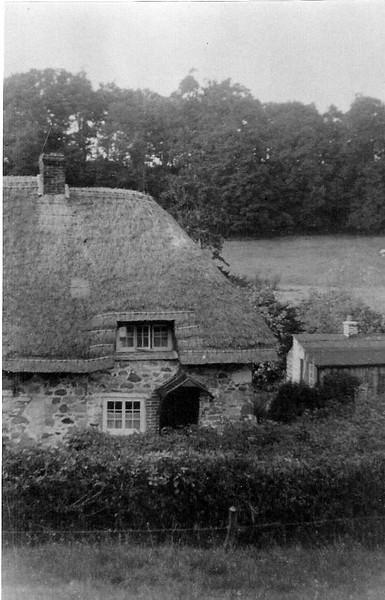 Number 29 Hodson, Winchcombes cottage 1920