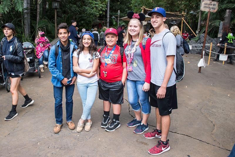 2016-11-19 Disneyland 028.jpg