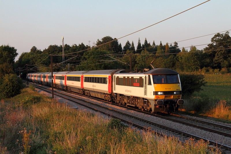 90012 on the 1P63 1900 Norwich to London Liverpool Steet at Swainsthorpe on the 30th August 2016.JPG