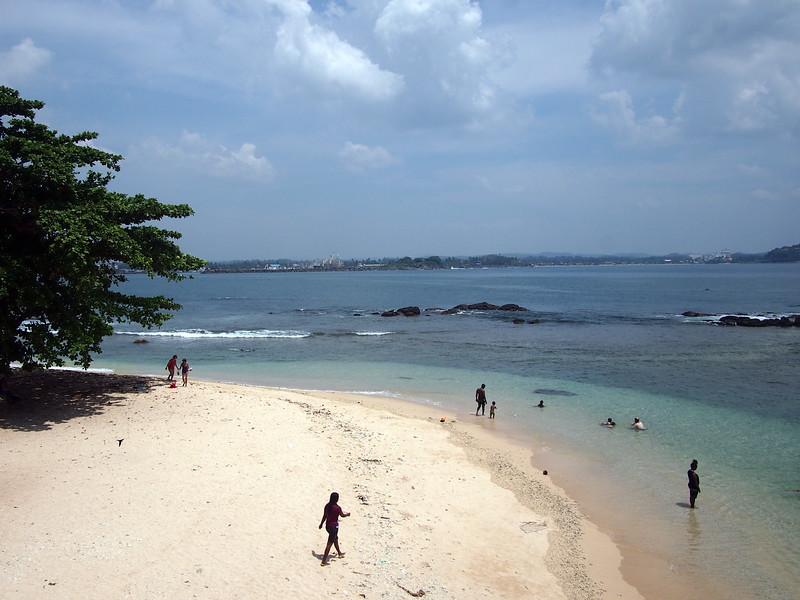 P2188732-lighthouse-beach.JPG