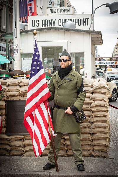Checkpoint Charlie-9660.jpg