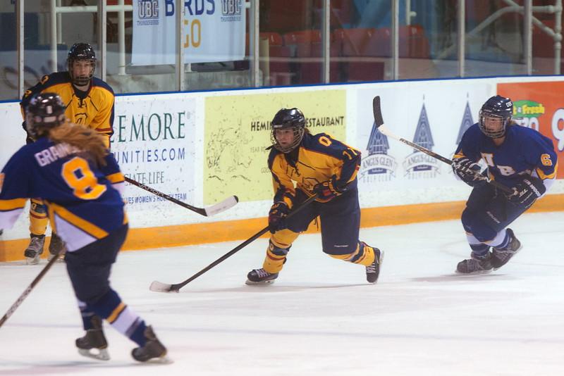 20130310 QWHockeyvsUBC 465.jpg