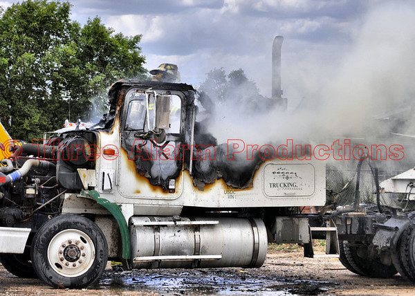 Tractor-Trailer Fire CHFD