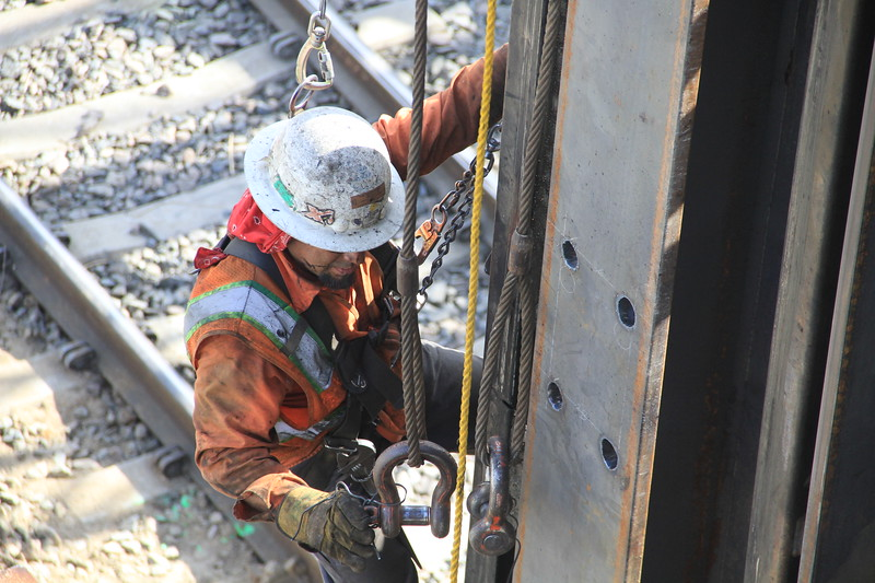 2014-05-17_NorthSpringBridge_Widening_2986.JPG