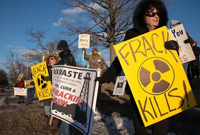 frack rally medina