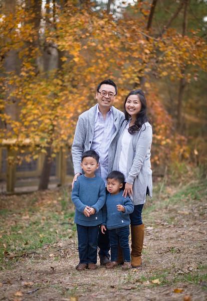 2019_11_29 Family Fall Photos-9256.jpg