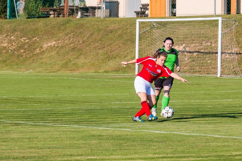 FC Pingau-Friedberg Damenmannschaft-4.JPG