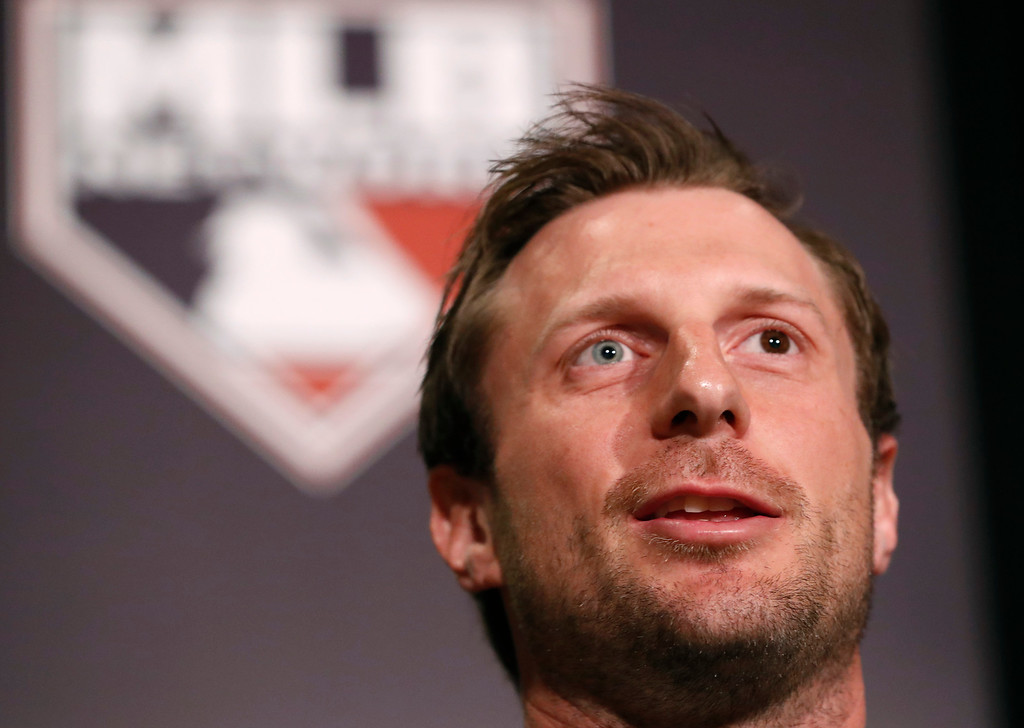 . National League Cy Young Award winner Max Scherzer of the Washington Nationals speaks after receiving his award during the New York Chapter of the Baseball Writers\' Association of America annual dinner in New York, Sunday, Jan. 28, 2018. (AP Photo/Kathy Willens)