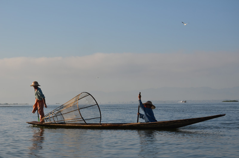 DSC_4274-fishing-boys.JPG