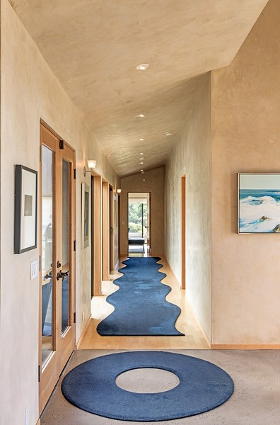Hall to Master & Guest Room