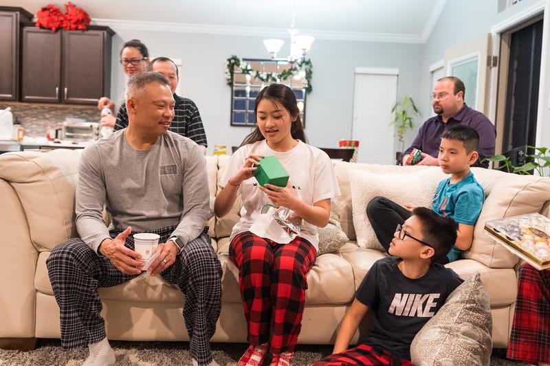 20191225_christmas-ho-family_049.jpg
