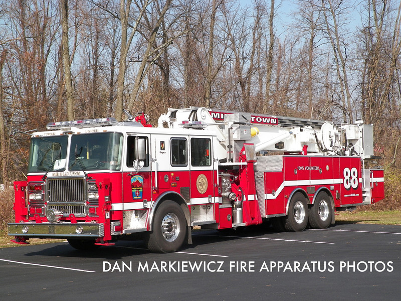 MIDDLETOWN FIRE DEPT. TOWER LADDER 88 2009/90 SEAGRAVE/BAKER AERIALSCOPE