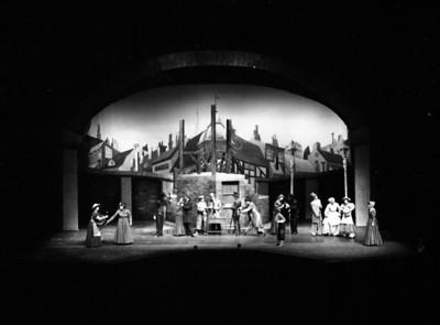 9148 CAC Theatre Oliver