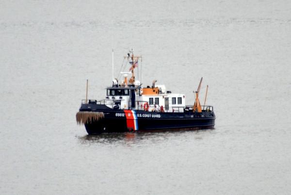 USCG Wire Coast Guard Tug