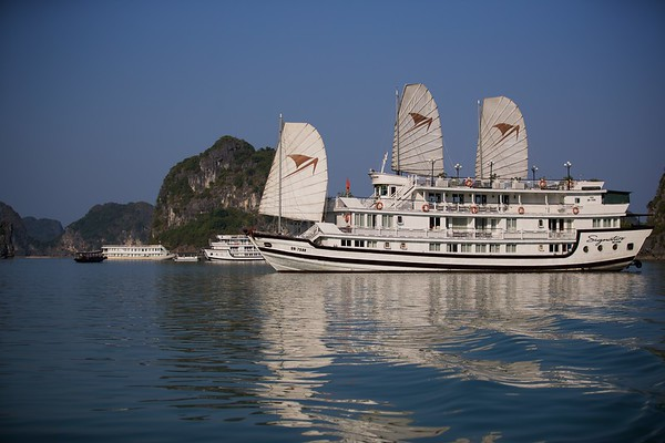 Ha Long Bay 2017
