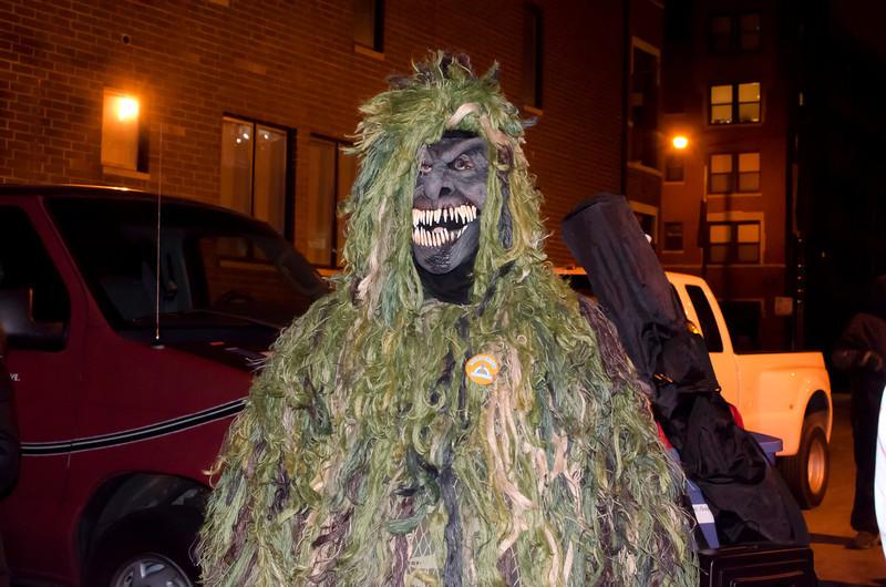 Halloween2012CreepyMossMonsterDSC_7510.jpg