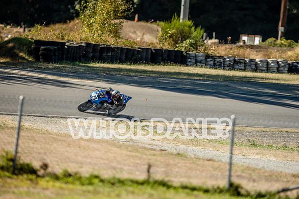 Formula 40   Middleweight Superbike