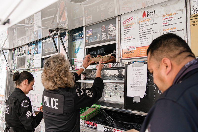 lafd-hollywood-division-lunch-05-21-2020-RG-18.jpg
