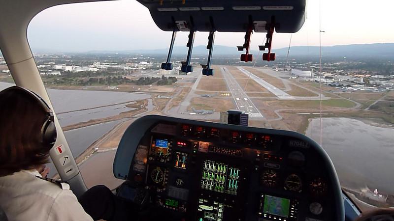 HD video from the cabin, showing the Zeppelin landing at Mofffett Field.