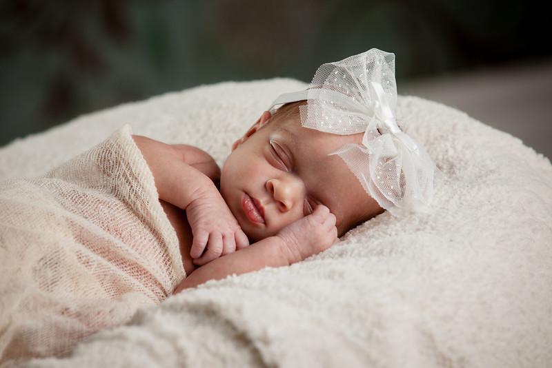 Baby Ashlynn-9586.jpg