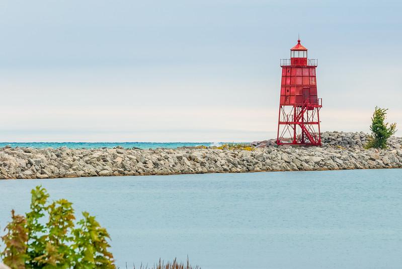 Racine Harbor Breakwater Light Oct 10 2017-1430.jpg