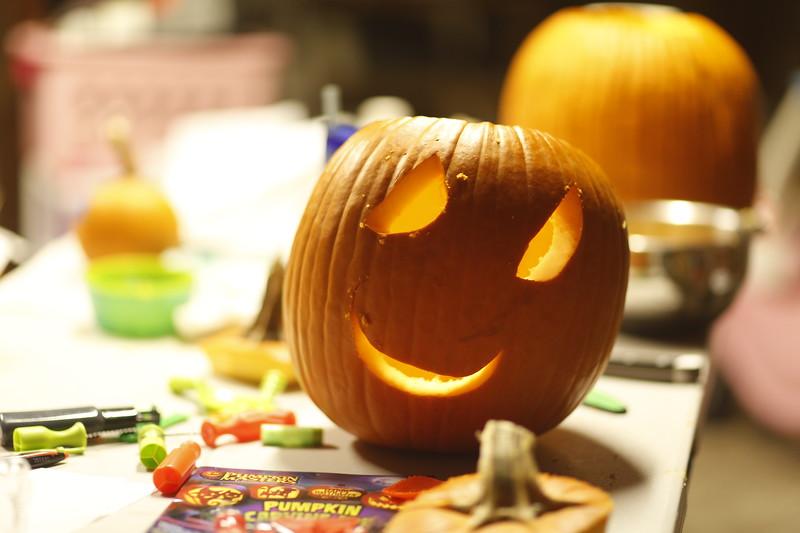 Jack O Lantern carving