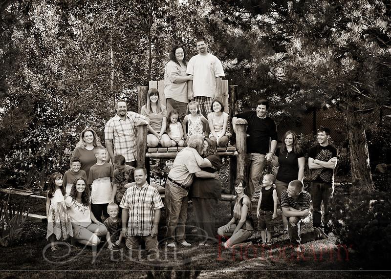 Taylor Family-031bw.jpg