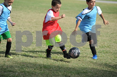 Simply Soccer Holiday Camp 2020
