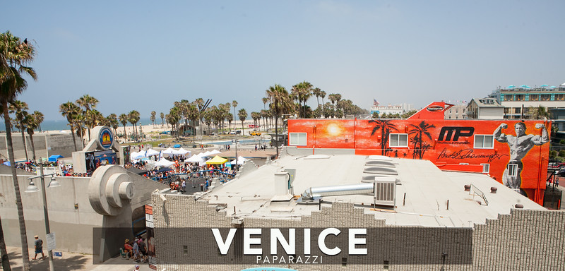 Muscle Beach-3.jpg