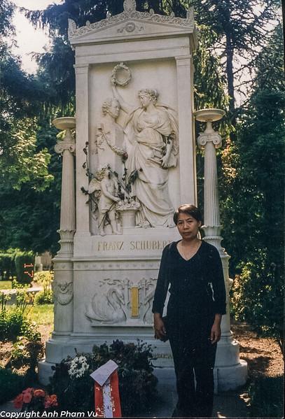 Vienna 90s 01.jpg