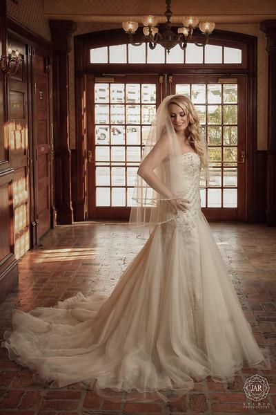 05-bride-dress-the-ballroom-at-church-street-jarstudio-photography.jpg