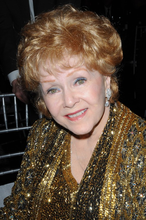 . SAG Lifetime Achievement Award winner Debbie Reynolds is seen backstage at the 21st annual Screen Actors Guild Awards at the Shrine Auditorium on Sunday, Jan. 25, 2015, in Los Angeles. (Photo by Ron Wolfson/Invision/AP)