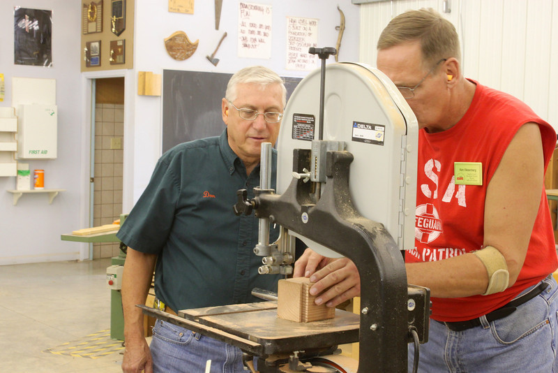Cool Bandsaw Puzzle Boxes with Jeff Vollmer