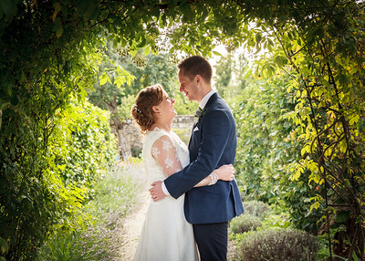 Annie & Tommy, Cogges Manor Farm