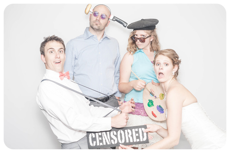 Laura+Ross-Wedding-Photobooth-207.jpg