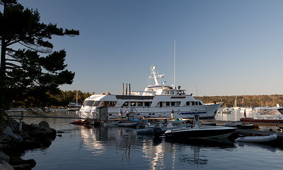 Sirenuse at KYC