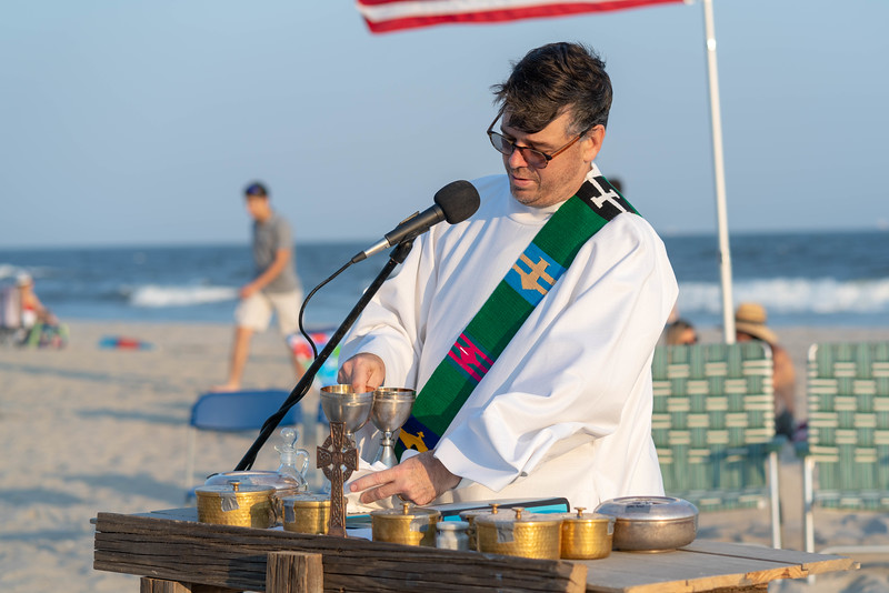 20190728St_Marys_Beach_Mass_for_social_009.jpg