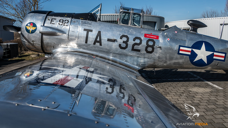 Private / North American AT-6D / D-FURY